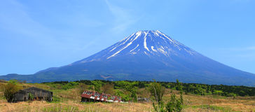 Old Barns and Mount Fuji Royalty Free Stock Photography