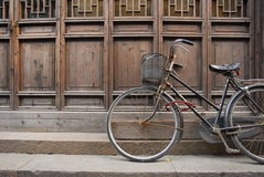 Old bicycle at shanghai Royalty Free Stock Images