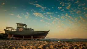 Old boat. An old boat at the beach Royalty Free Stock Photos