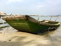Old boat on beach Royalty Free Stock Photography
