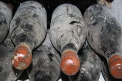 Old bottles of vine Royalty Free Stock Images