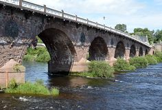 Old Bridge over the River Tay, Perth Scotland. John Smeaton's nine arch masony bridge (1766-71), the Auld Brig, over the River Tay in Perth, Scotland. Smeaton stock photos