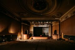 Free Old Burnt Creepy Abandoned Ruined Haunted Theater Royalty Free Stock Photography - 182896237