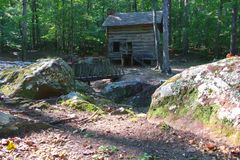 Old cabin and walkway Tishomingo State Park stock photo