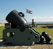 old cannon & union flag at fort george Royalty Free Stock Photos