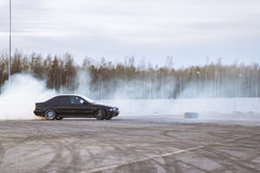 Old-car BMW 5-series e39 to drift Stock Photos