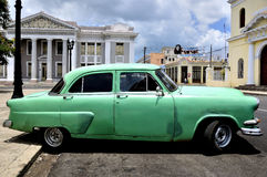 Old car in Cienfuegos Royalty Free Stock Photos