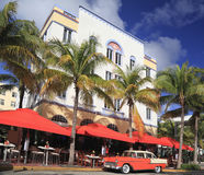 Old car and restaurants on Ocean Drive, Miami Beach Royalty Free Stock Photography