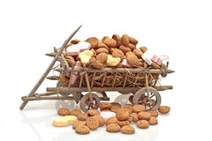 Old cart full of ginger nuts Royalty Free Stock Photography