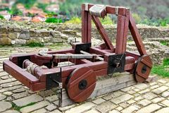 Old catapult in Tsarevets fortress,  Bulgaria, Veliko Tarnovo Royalty Free Stock Photography
