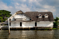 Old Chao Phraya River Thai traditional house Stock Photo