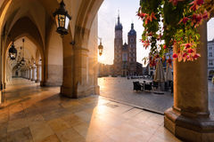 Free Old City Center With St. Mary`s Basilica In Krakow In Sun Lights Stock Photo - 96628000
