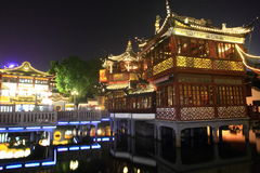 The Old City Gods Temple at night in Shanghai YuYuan Royalty Free Stock Photos