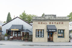 Old classic buildings and shops on Buckingham Street in the historic town of Arrowtown. Arrowtown, New Zealand - February 2016: Old classic buildings and shops Stock Photography