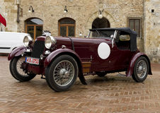 Old classic car in the Piazza della Cisterna, San Gimignano Royalty Free Stock Images