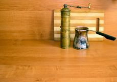 Old coffee grinder and coffee maker. Antiques Stock Photography