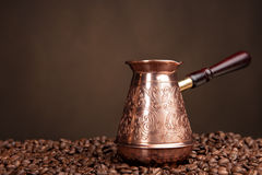 Old coffee pot and beans. Stock Photography