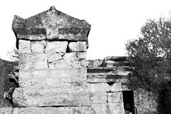 Old construction column    and the roman temple history pamukkal Stock Photo
