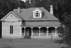 Old Country Home. Here is an abandon old country home located in a wooded area Royalty Free Stock Images