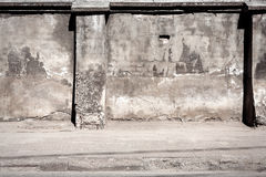 Old cracked plaster fence Royalty Free Stock Photography