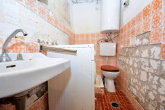 Old destroyed bathroom Royalty Free Stock Photos
