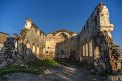 Free Old Dilapidated Building Royalty Free Stock Image - 186042676