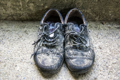 Old dirty shoes Royalty Free Stock Photos