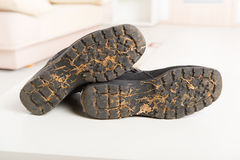 Old dirty shoes Royalty Free Stock Images