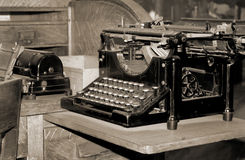 Old dusty typewriter Royalty Free Stock Photography