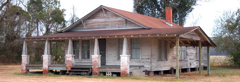 Old farm house. Old abandoned farm house in rural North Carolina stock photos
