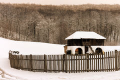 Old farmhouse in winter Royalty Free Stock Photos