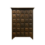 Old fashioned chinese cabinet Royalty Free Stock Images