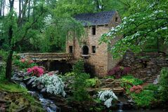 Free Old Fashioned Grist Mill All Dresses Up For Spring. Royalty Free Stock Photos - 186441888