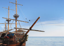 Old fashioned ship in sea Royalty Free Stock Photos