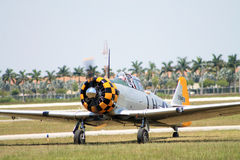 Old fighter plane landing Royalty Free Stock Photos