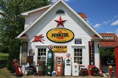 Old Filling Station Royalty Free Stock Photos