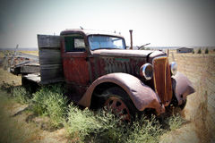 Really Old Flatbed Truck Royalty Free Stock Photography