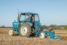 Old ford 3000 tractor ploughing Royalty Free Stock Images