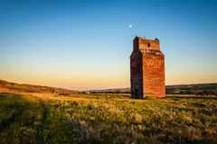 Old grain elevator in the ghost town of Dorothy Stock Images