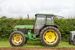 A old green  john deere 2650 tractor Royalty Free Stock Photos