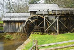 Old grist mill in virginia. With wooden water wheel Royalty Free Stock Images