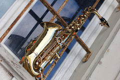 Old grungy saxophone Royalty Free Stock Images