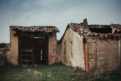 Old house deteriorated Stock Photos