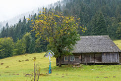 Old house in the mountains Royalty Free Stock Photos