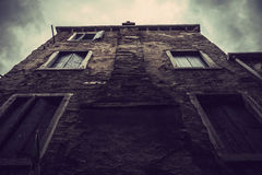 Old house. Old scary house with cloudy sky Stock Photography