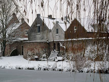 Old houses and wall In Vianen, Netherlands. In the snow Royalty Free Stock Photos