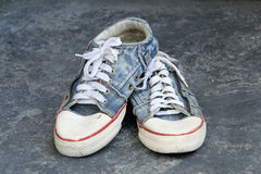 Old jean sneaker Royalty Free Stock Photography
