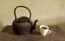 Old kettle and coffee Stock Photography