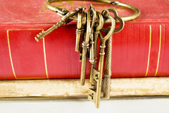 Old keys on old book Royalty Free Stock Images
