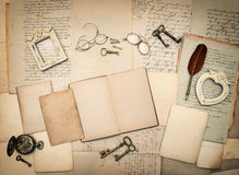 Old letters and photo frames. Vintage things, handwritten docume Royalty Free Stock Photos